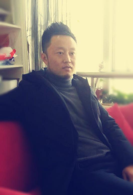 title='設計師:劉書鋒'